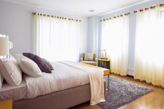 Cama de hotel: tenha o conforto de uma 5 estrelas em casa