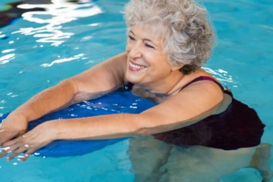4 principais exercícios físicos recomendados para idosos