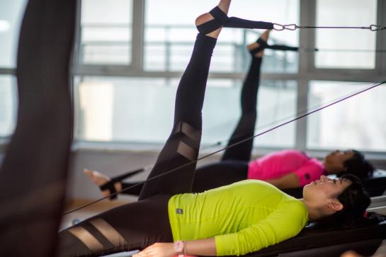 Pilates e RPG: quais os benefícios para quem sofre de dores nas costas